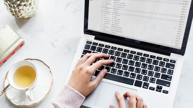 7 choses à considérer avant d'engager une agence web