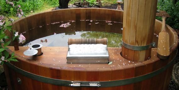 Optez pour un bain nordique dans votre espace extérieur
