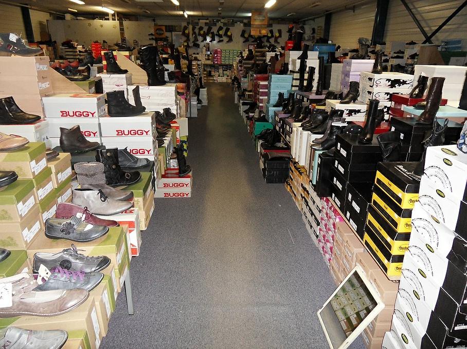 Le choix des chaussures pour les femmes et les hommes
