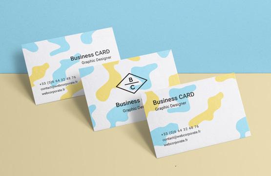 Comment présenter ou échanger des cartes de visite ?