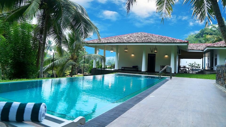 Choisir le bon constructeur de piscines