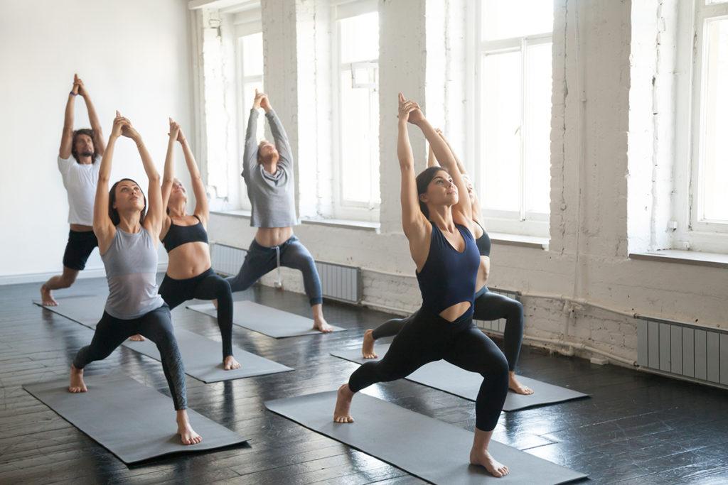 3 conseils d'enseignement que chaque professeur de yoga devrait connaître