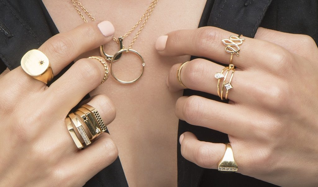 Comment porter des bijoux pour (presque) n'importe quelle occasion ?