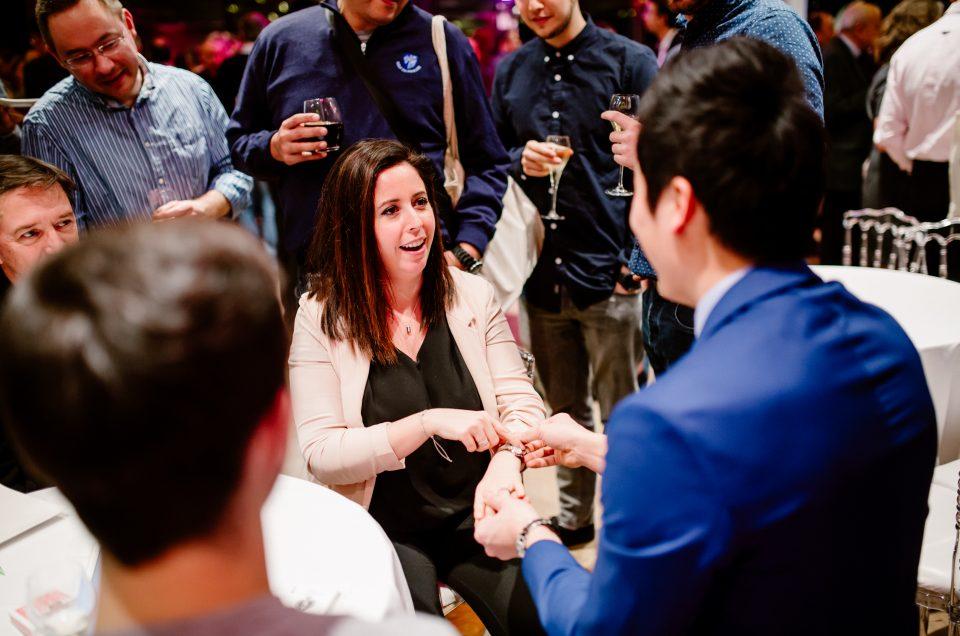 Pourquoi les gens embauchent un magicien pour un évènements d'entreprises