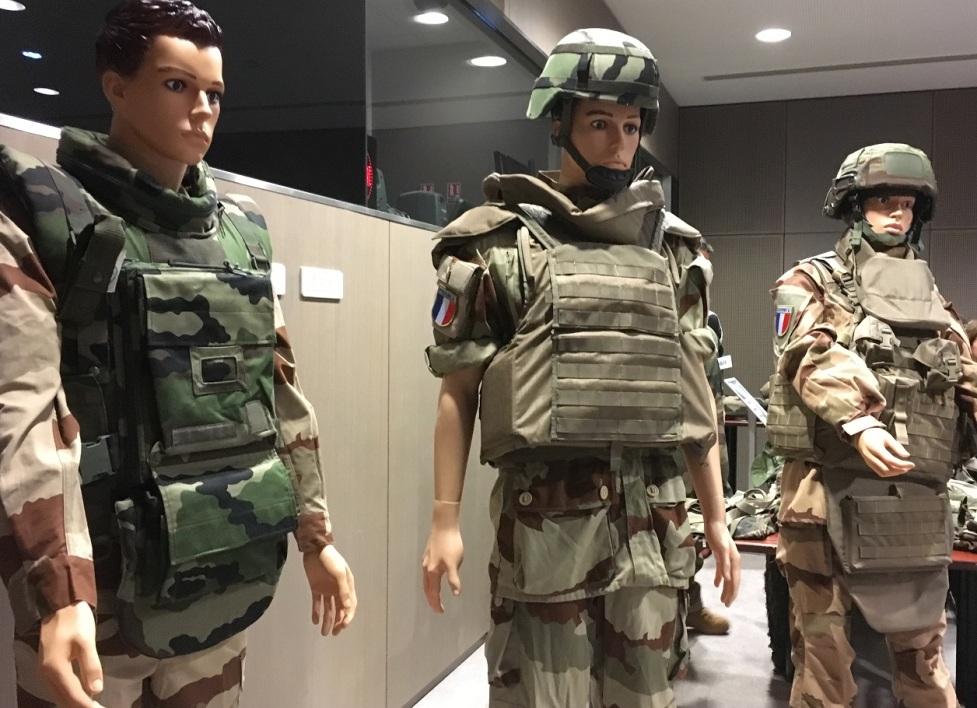 Les vêtements indispensables pour les soldats de l'armée française