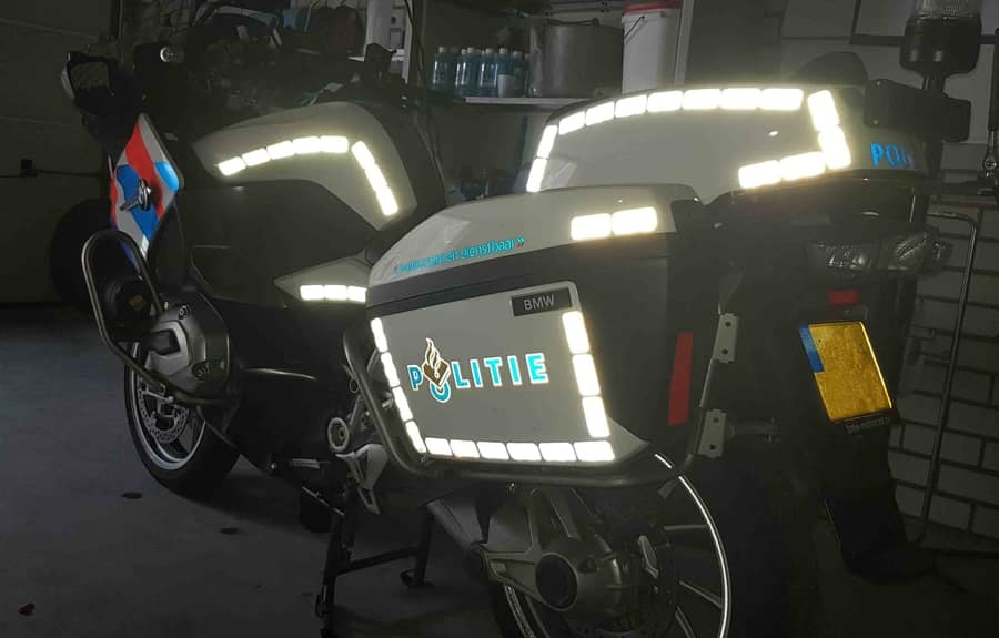 Rubans ou Stickers réfléchissants pour motos de visibilité – Un guide complet