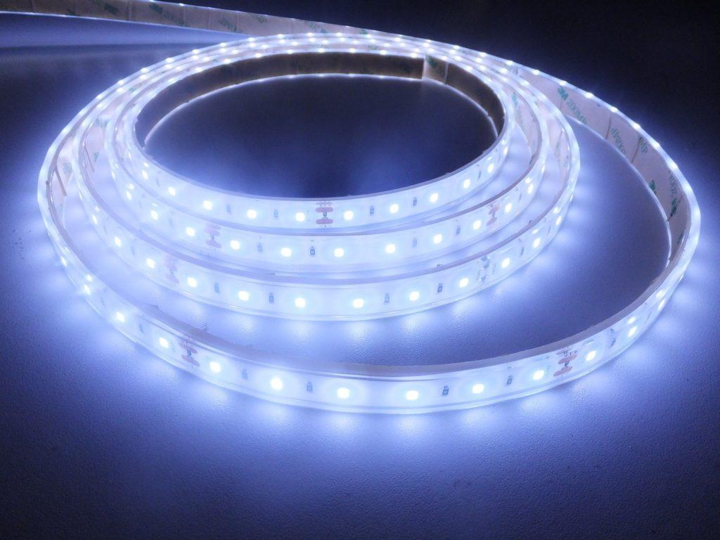 Comment choisir une bande LED ?
