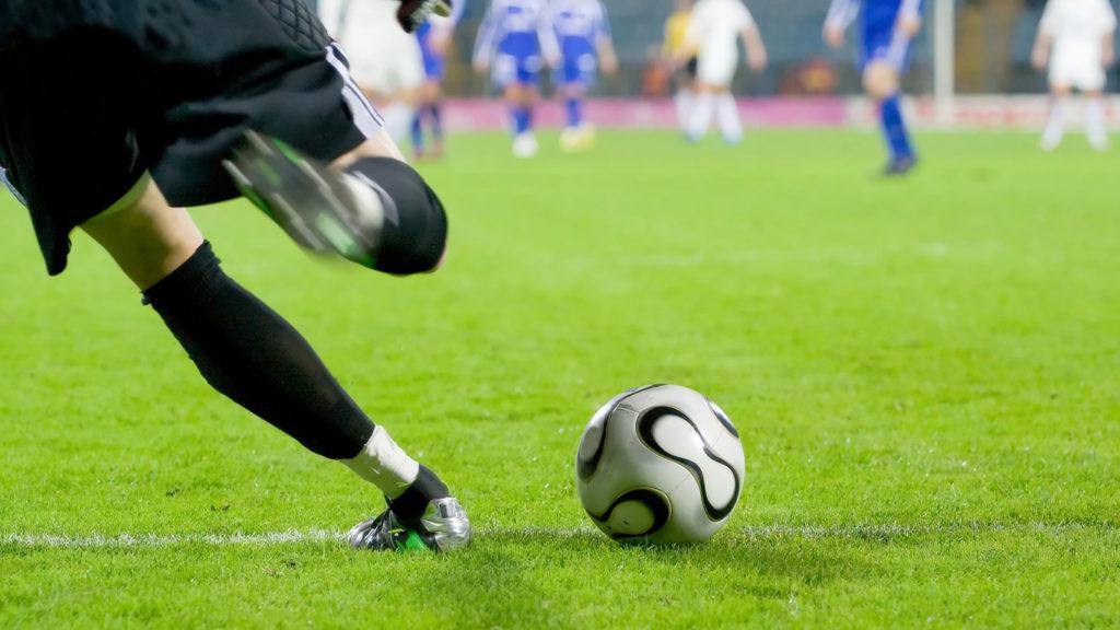 Regarder le football à la TV ou utiliser le foot streaming en ligne?