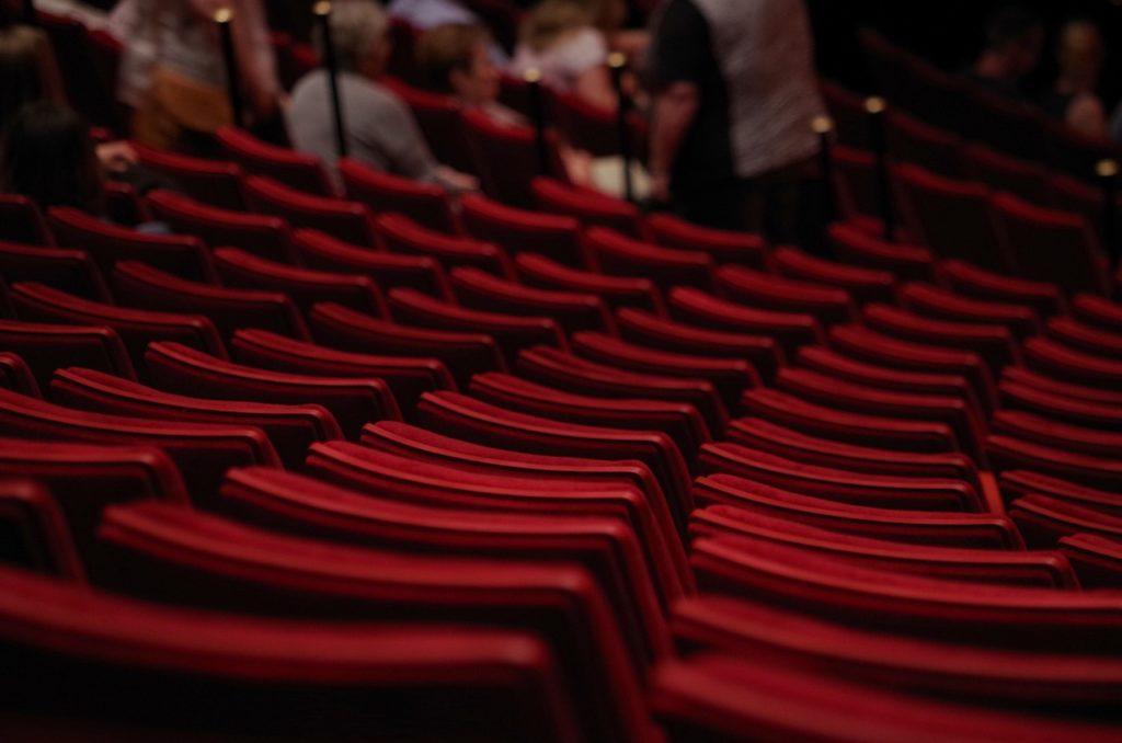Quels bienfaits vous apportent les cours de théâtre ?