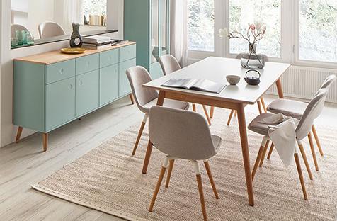 Ce qui rend le style de mobilier scandinave si populaire et comment il s'est développé.