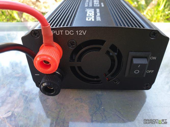 Qu'est-ce qu'un convertisseur 12v 220v?