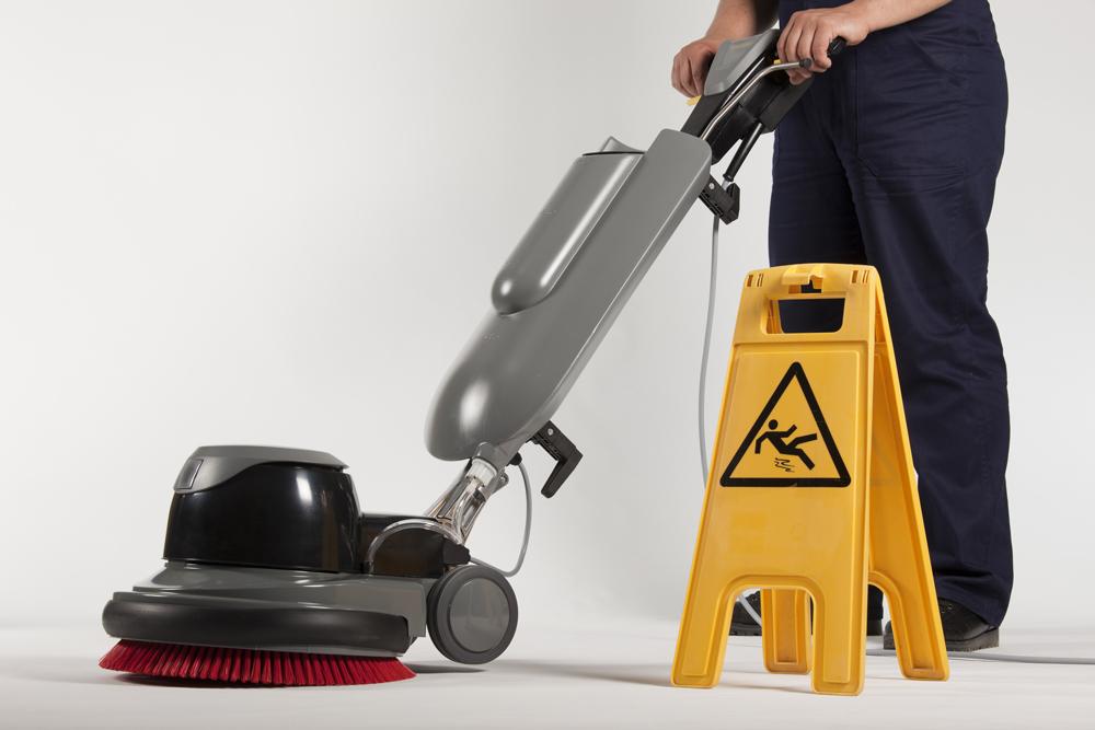 Quelles solutions matérielles pour du nettoyage industriel?