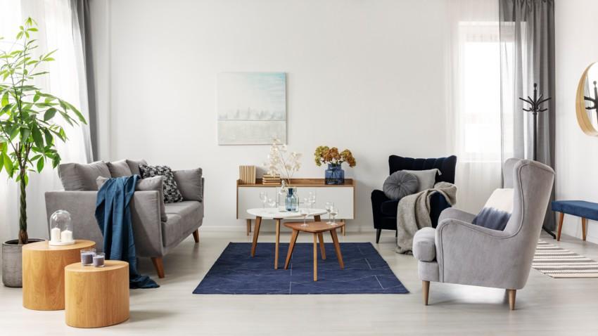 Avoir un salon cosy : comment décorer son canapé ?