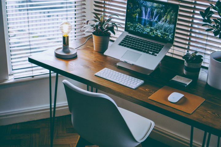 Bureau à domicile – travail efficace dans notre maison