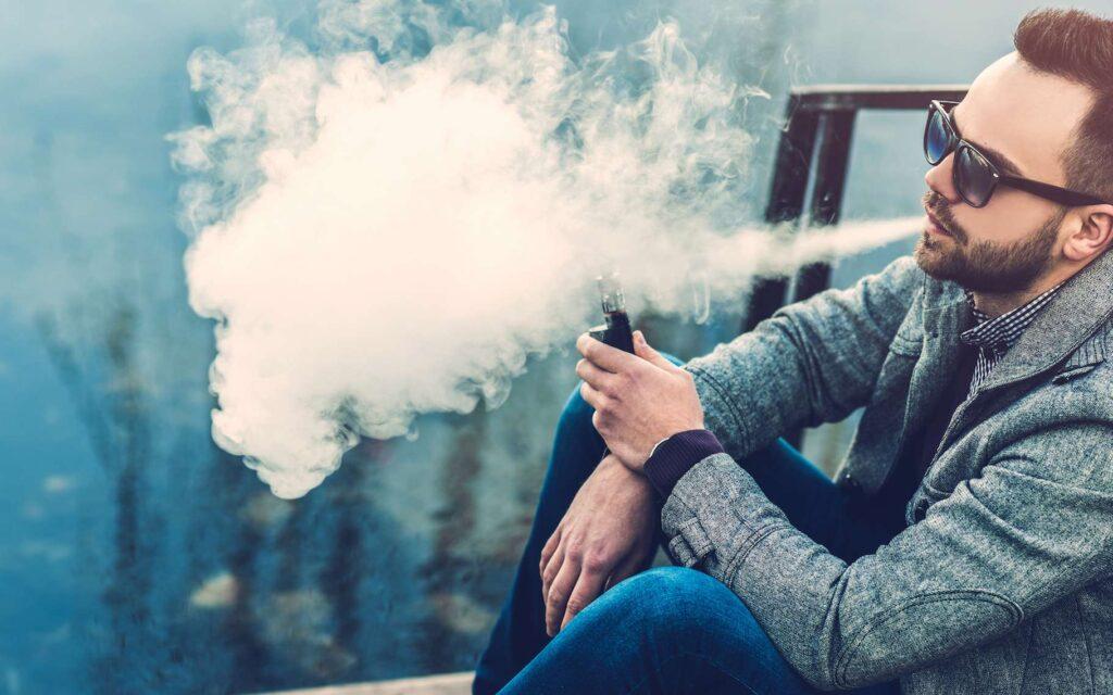 Utiliser des e-cigarettes pour arrêter de fumer