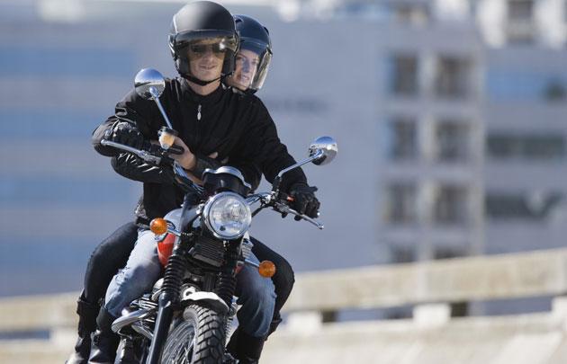 Transferts taxi moto à Paris : peut-on s'y fier?